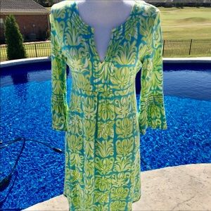 NWOT! Lilly Pulitzer dress in medium.